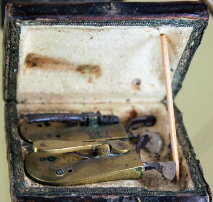 A bloodletting kit
